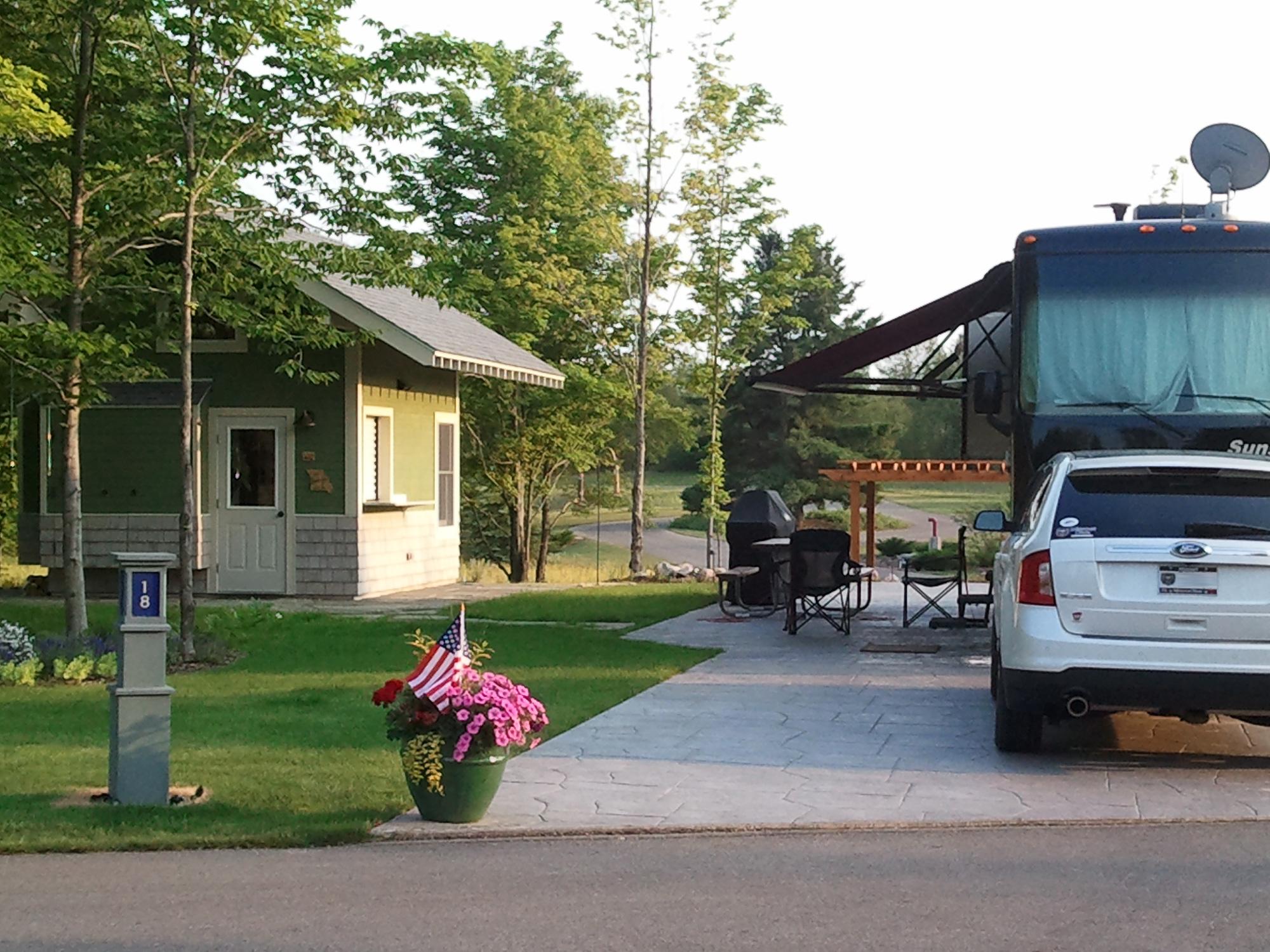 Indigo Bluffs RV Resort - Empire, MI